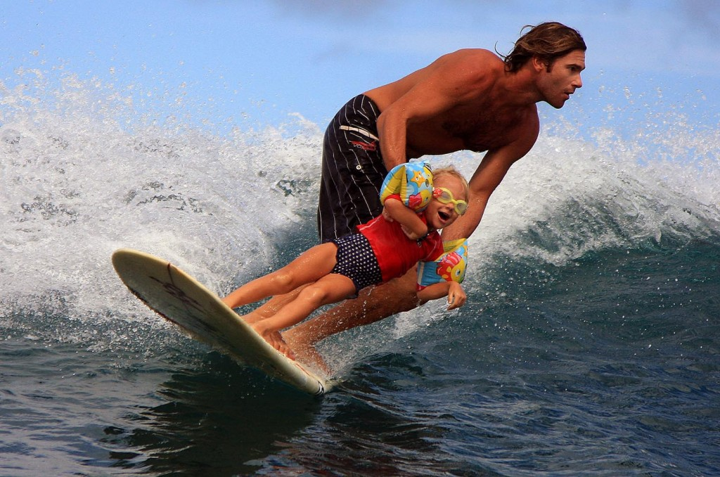 father-daughter-surf