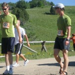 Steve providing encouragement to his fellow runner.